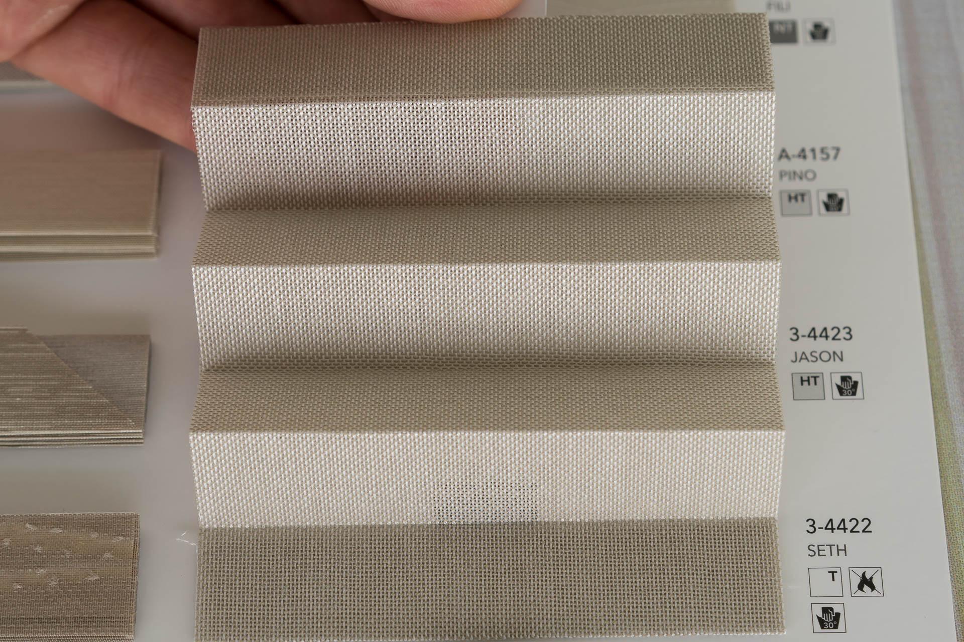 "MHZ Plissee Stoff Muster aus der Farbkarte ""7 natural moments""   Material: 100 % Trevira CS"